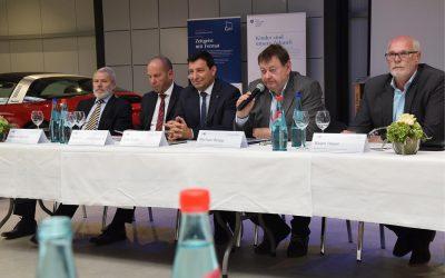 """Pressekonferenz: AMZ-Kongress """"Mobilität für Morgen"""" startet bald"""